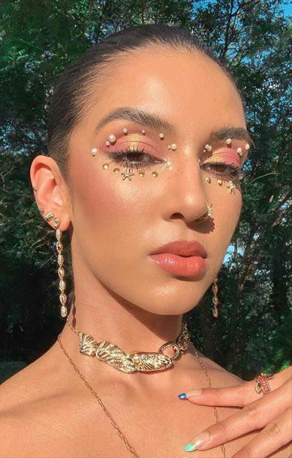 Eye Makeup   Alluring Euphoria makeup Ideas to be the ...