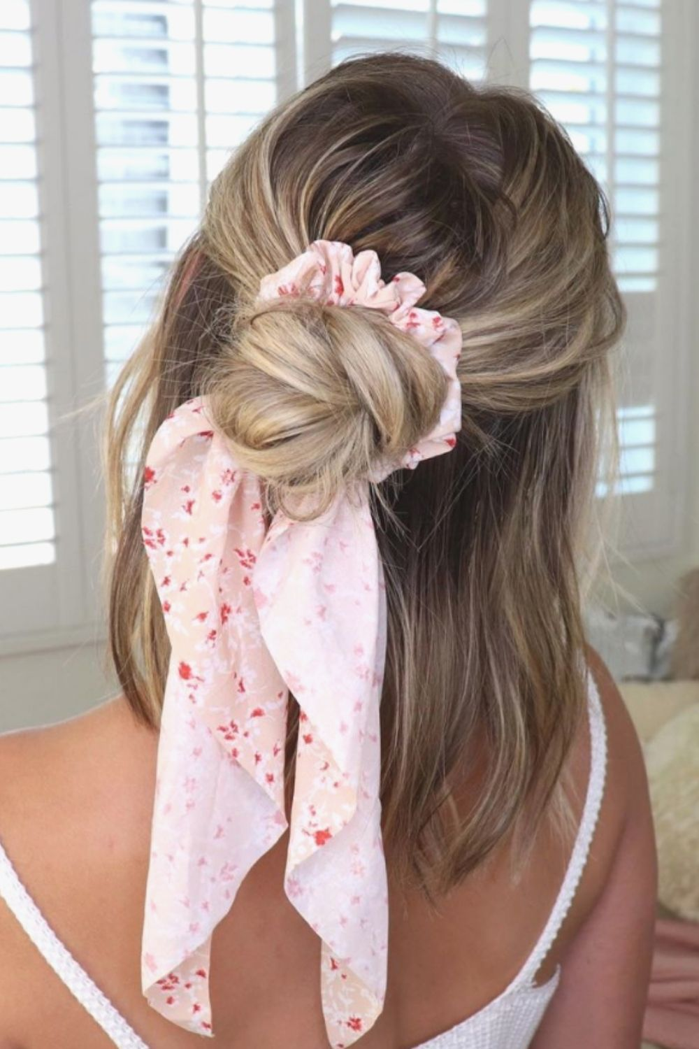 Beautiful Beach Hairstyle For A Meaningful Vacation 2021!