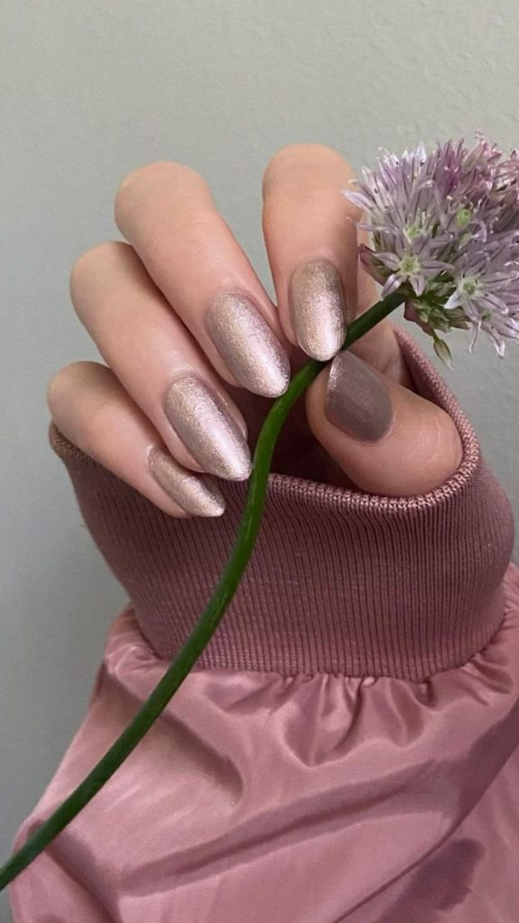 Best Short almond nails designs and Fall nail colors 2021 to try!