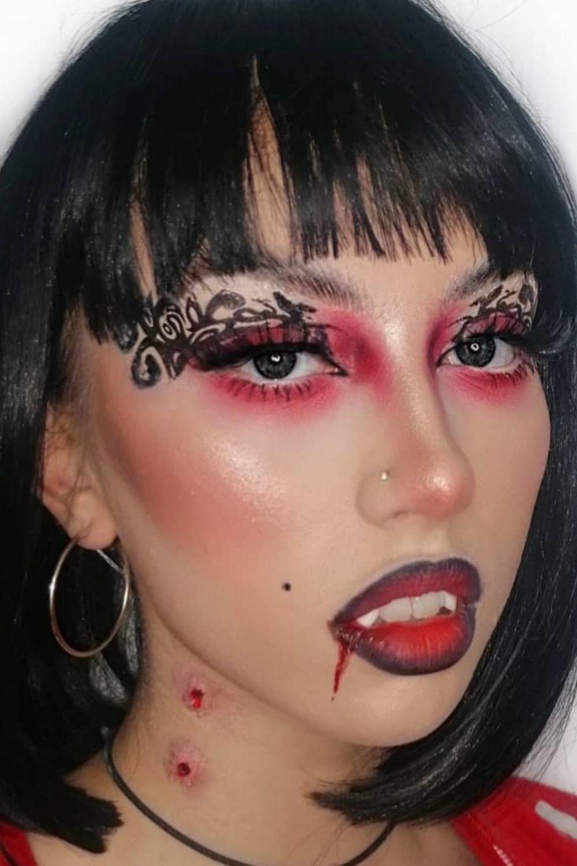 Vampire Makeup Ideas | the cute Halloween makeup ideas 2021