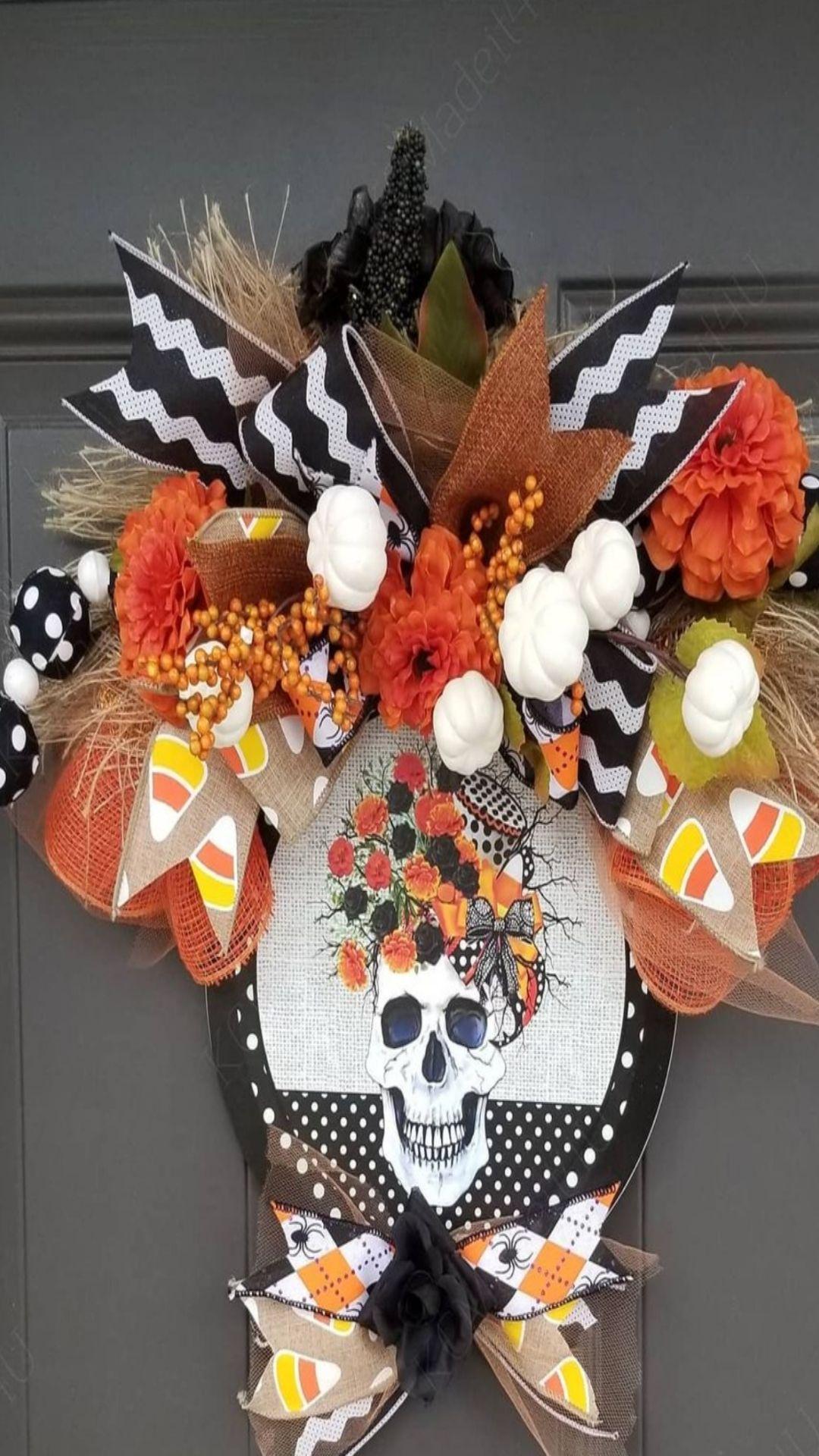 Spookly and creepy DIY Halloween wreath ideas 2021