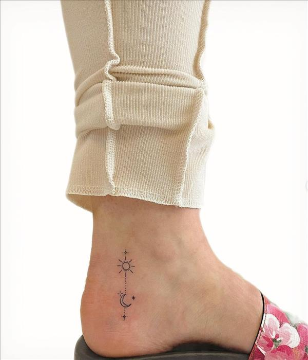 52 Best foot tattoos for women 2021 with significant meanings