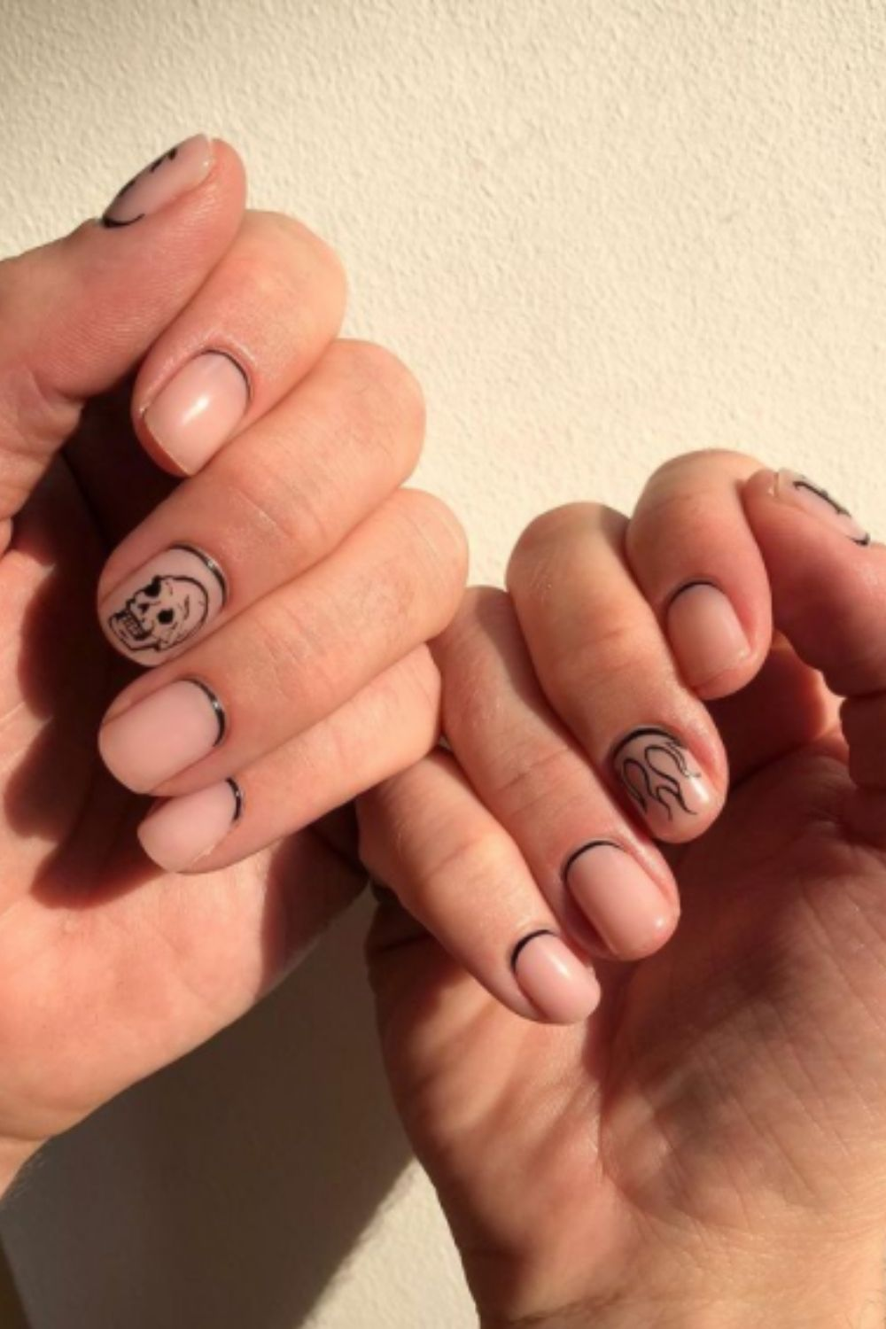 What is Halloween Nails Design?
