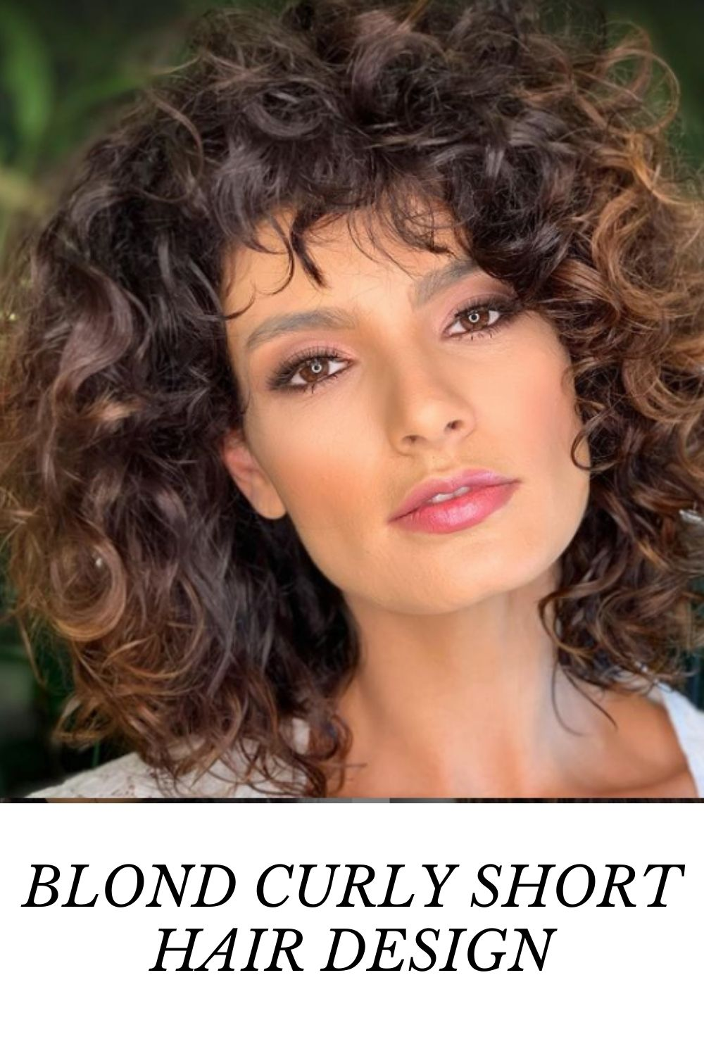 What Is Curly Short Hair?