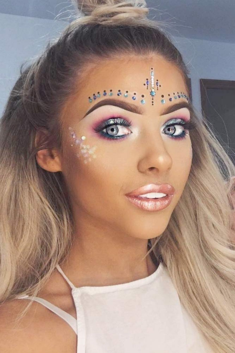 38 Best Festival Coachella Makeup Looks To Be The Real Hit